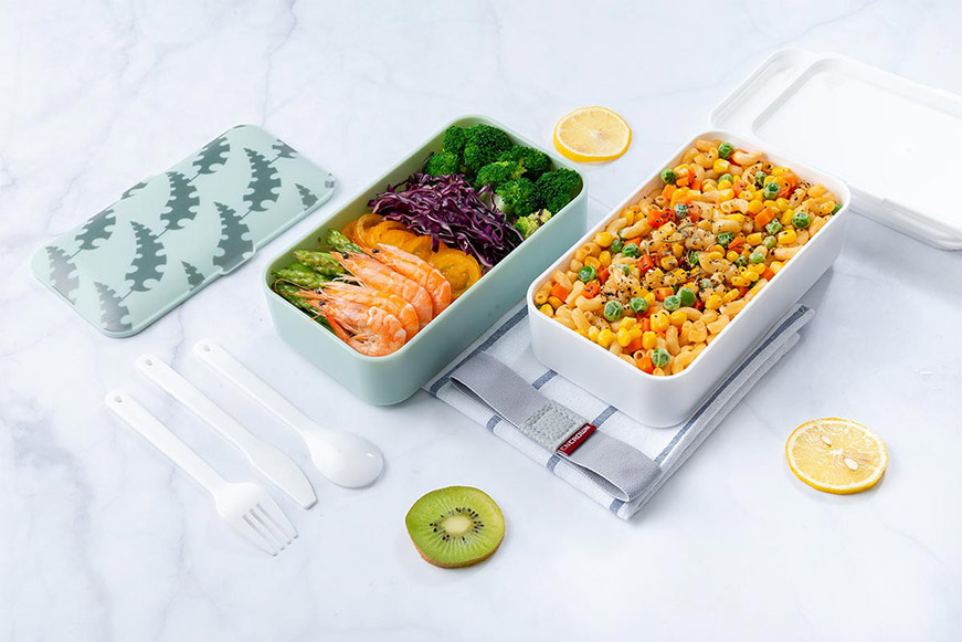 plastic bento lunch boxes